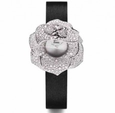 In Bloom: Piaget Celebrates Anniversary with the Rose Collection