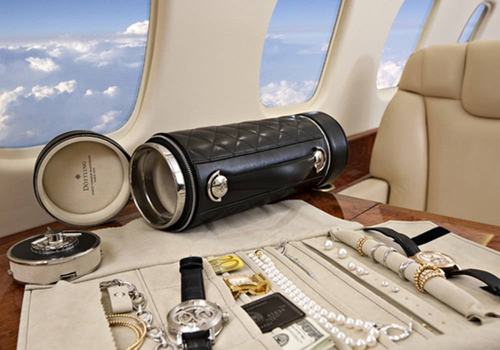 World's First Travelling Safe: Döttling's Guardian Designed to Protect Your Watches