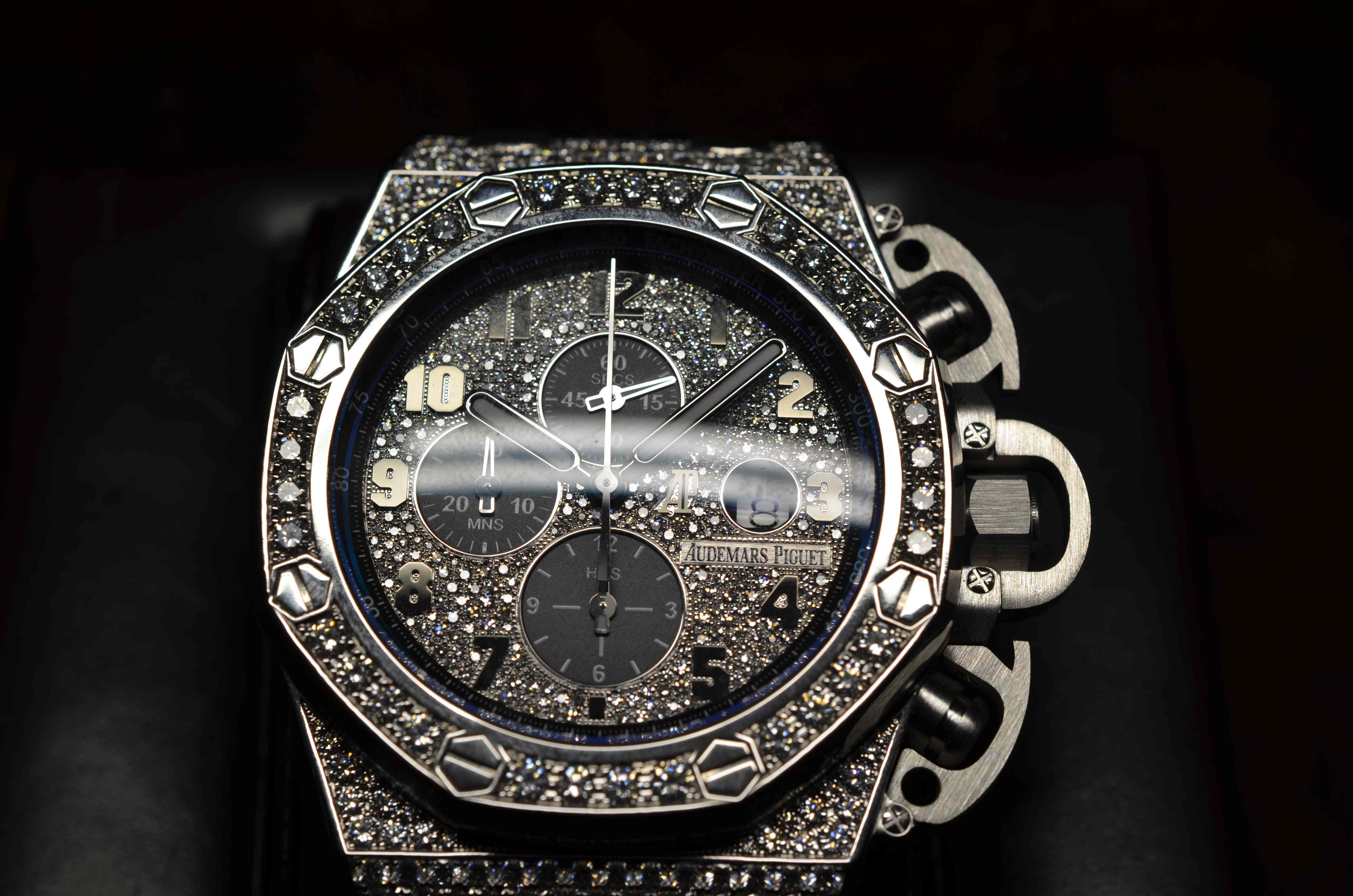 Audemars Piguet Shows Haute Time Its Exclusive New Men S Pieces At Sihh Best Luxury Watch