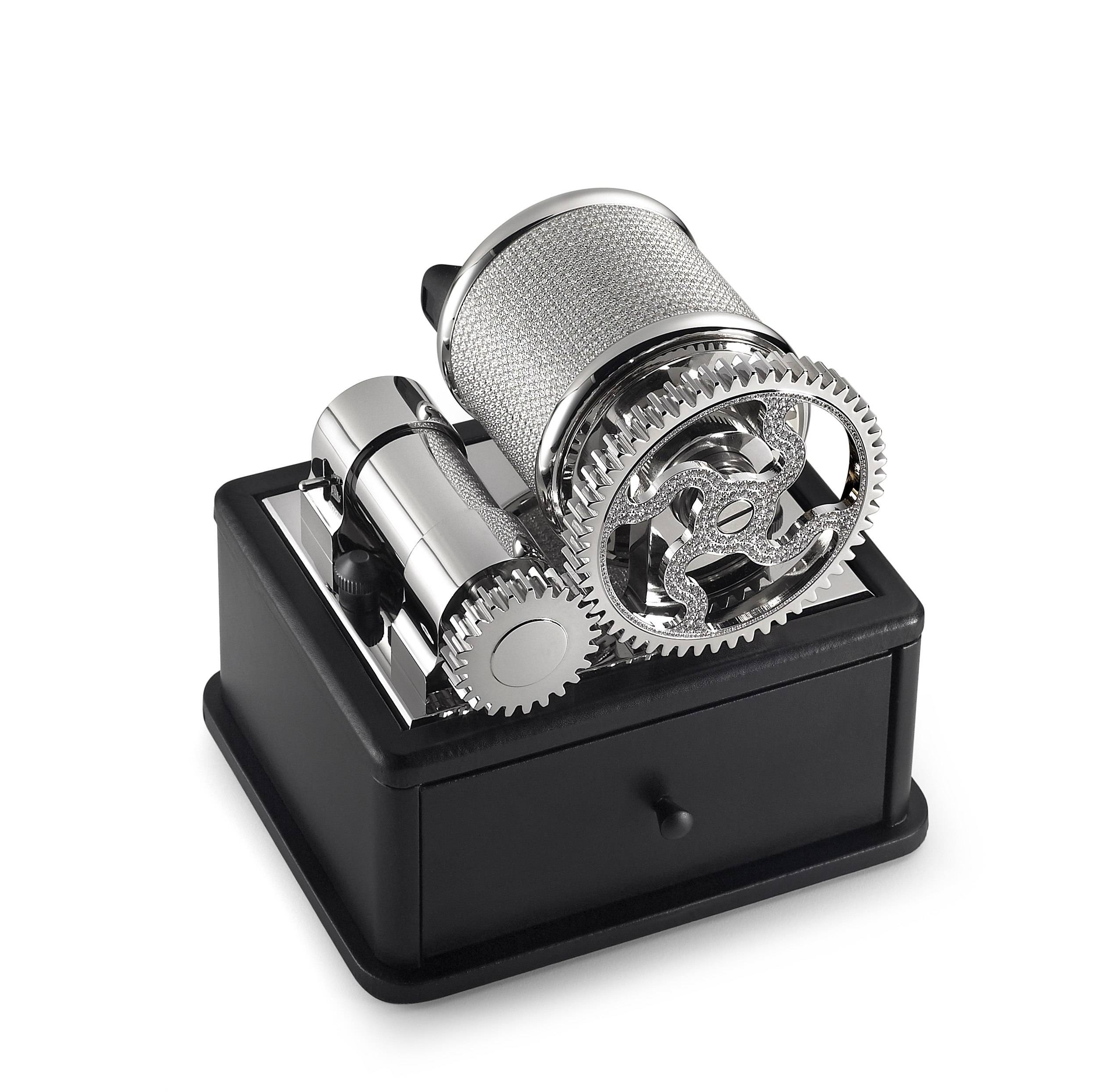 Why You Need a Watch Winder – With Diamonds