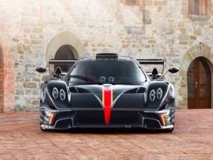 Pagani Automobili Unveil Zonda Revolucion