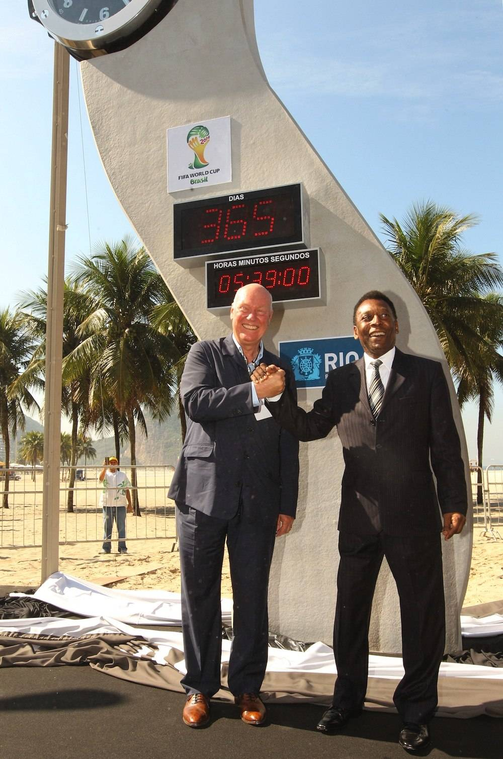 Hublot and Pelé Unveil Countdown to Brazil World Cup Clock