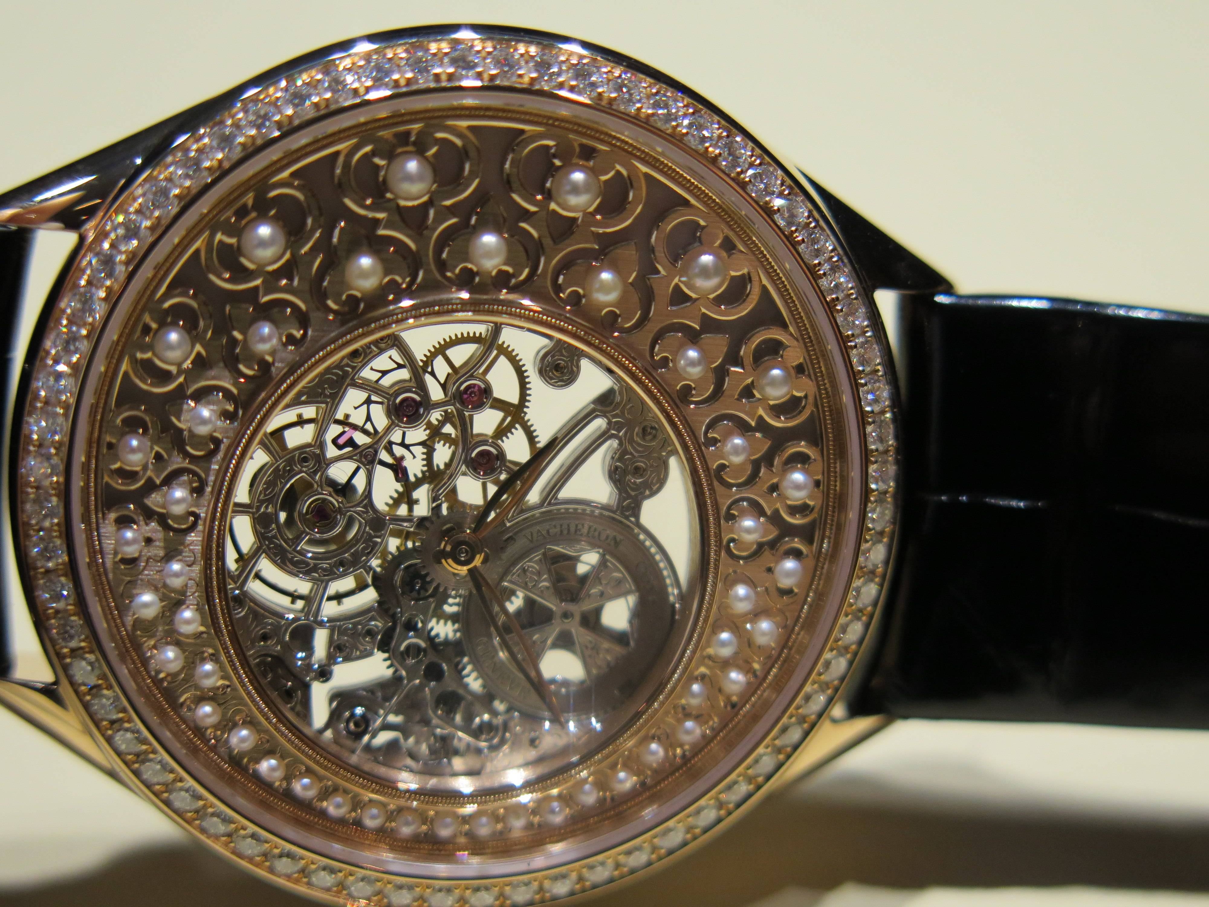 From the Vacheron Constantin Metiers d'Art Fabuleux Ornements Collection.