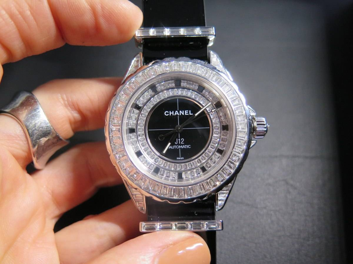 A jeweled version of the J12 with a NATO-inspired strap.