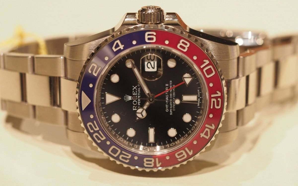 GMT Master ii in White Gold with Pepsi Bezel| A Haute Time Review