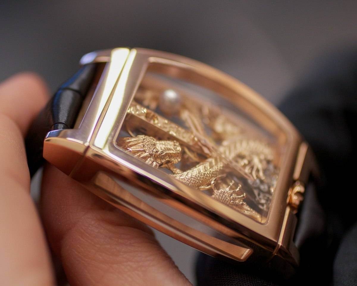Corum-Golden-Bridge-Dragon-2