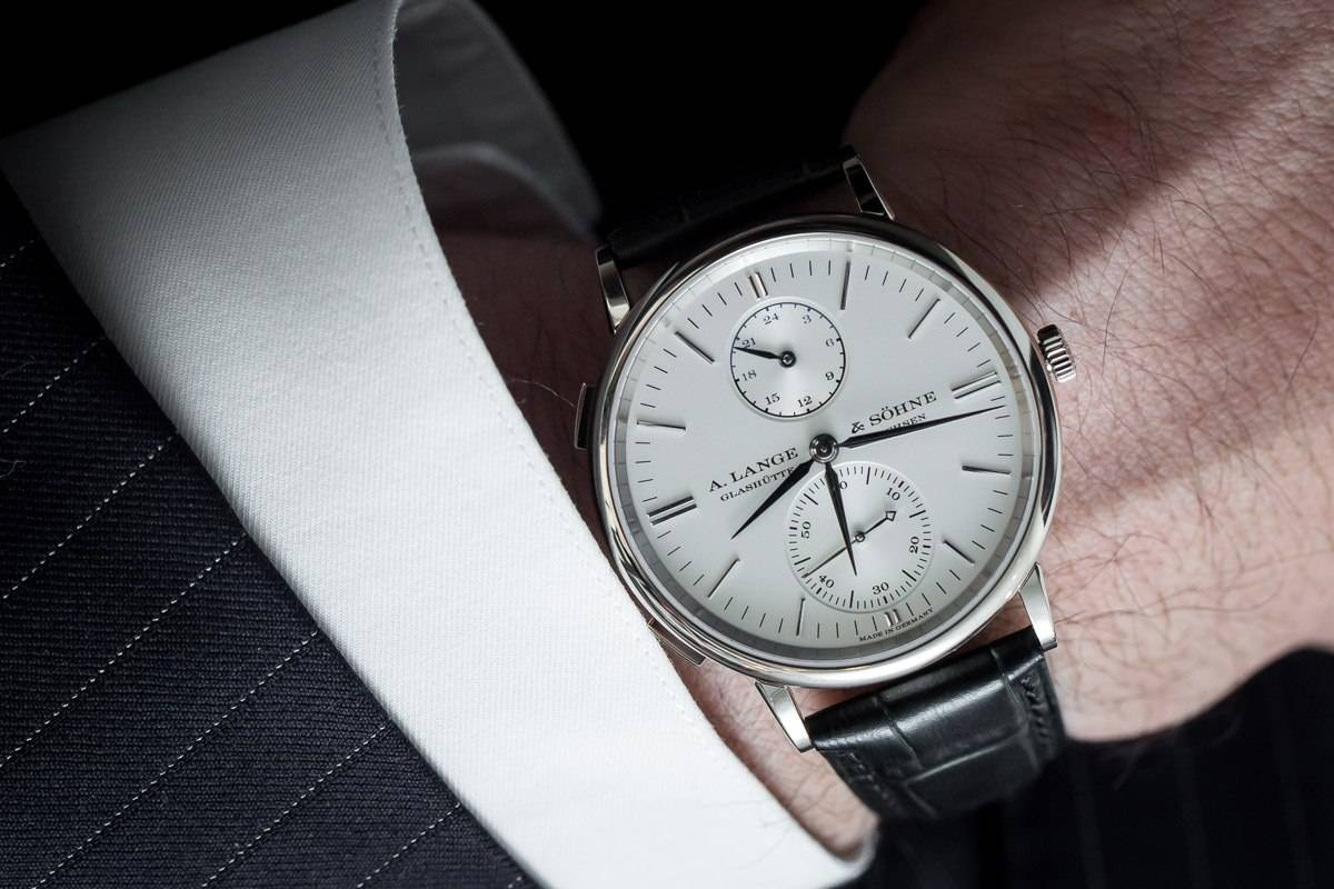SIHH 2015: A. Lange & Söhne Saxonia Dual Time in white gold (Ref. 386.026).
