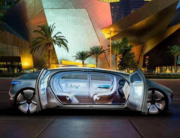 Mercedes-Benz Announces First Self-Driving Luxury Automobile