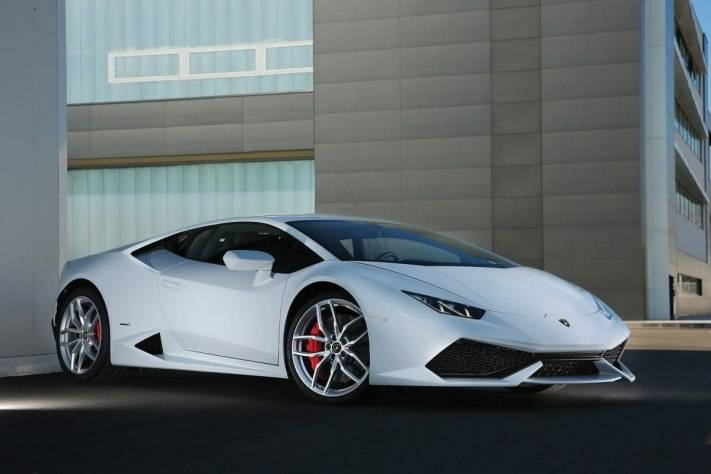 Lamborghini Huracán: 602 Horsepower, No Waiting