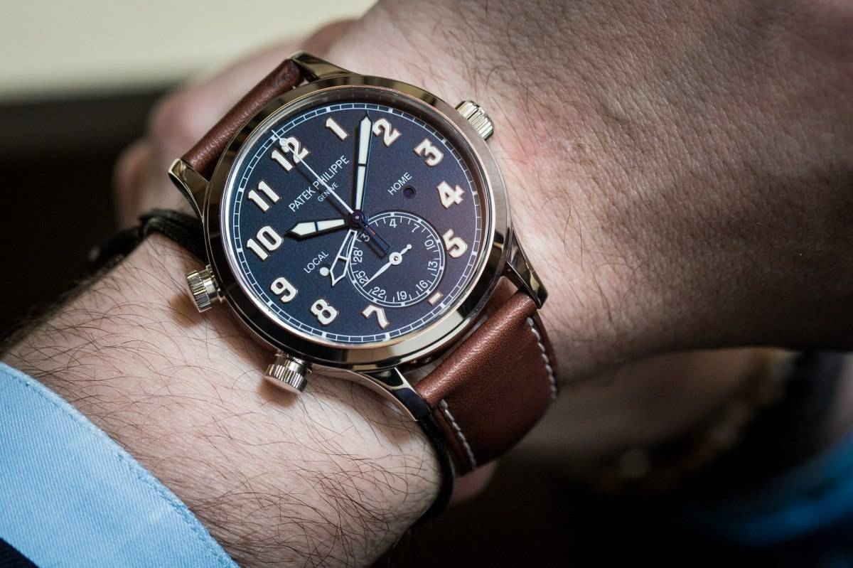Patek Philippe Pilot Patek-Philippe-Calatrava-Pilot-Travel-Time-Ref-5524-Watch-Baselworld-2015-Wrist
