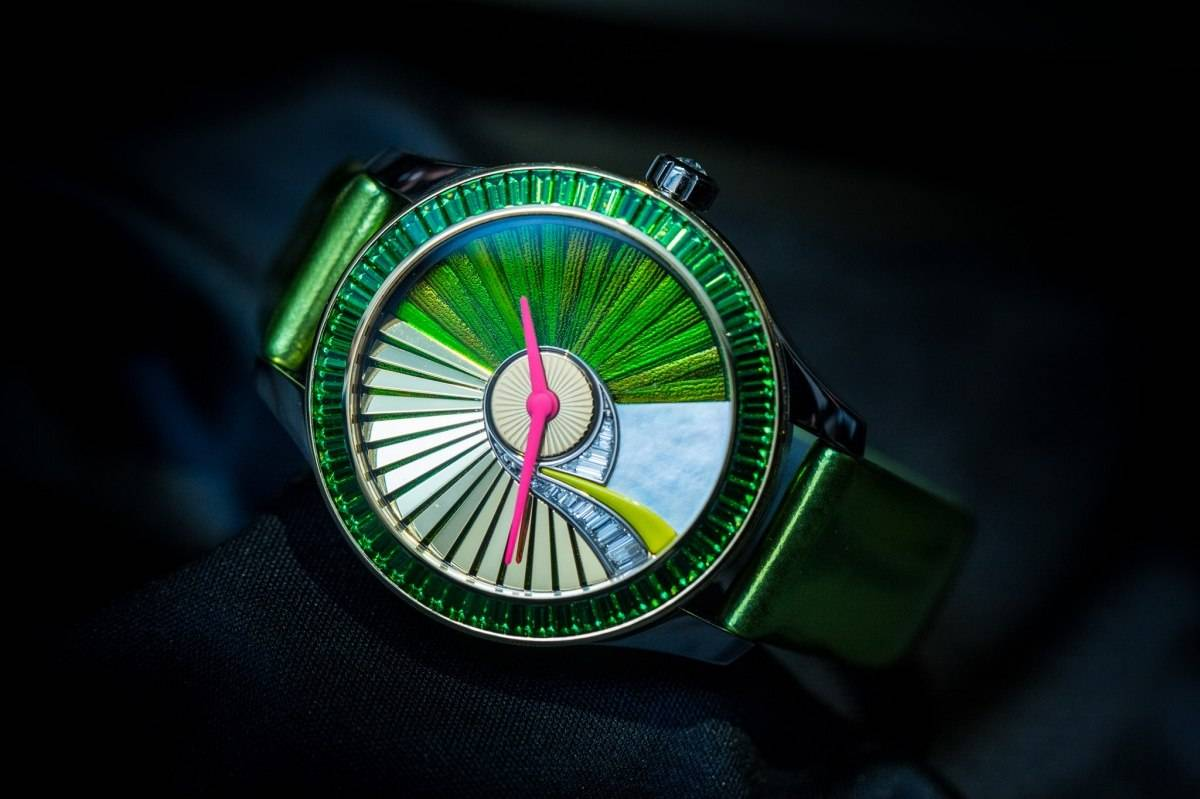 Dior VIII Grand Bal Pièce Unique Envol No.5 Watch Baselworld 2015 Side 2