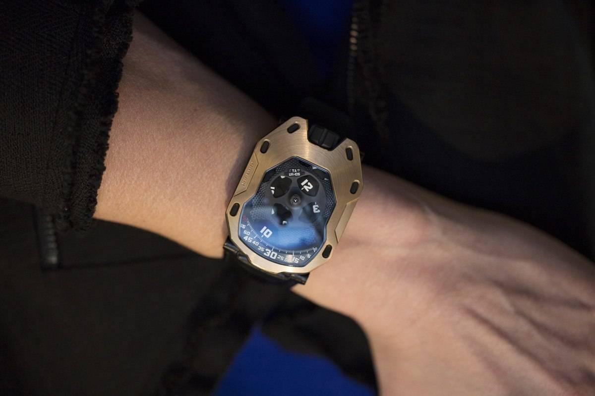 Urwerk UR-105 TA RG Watch 2015