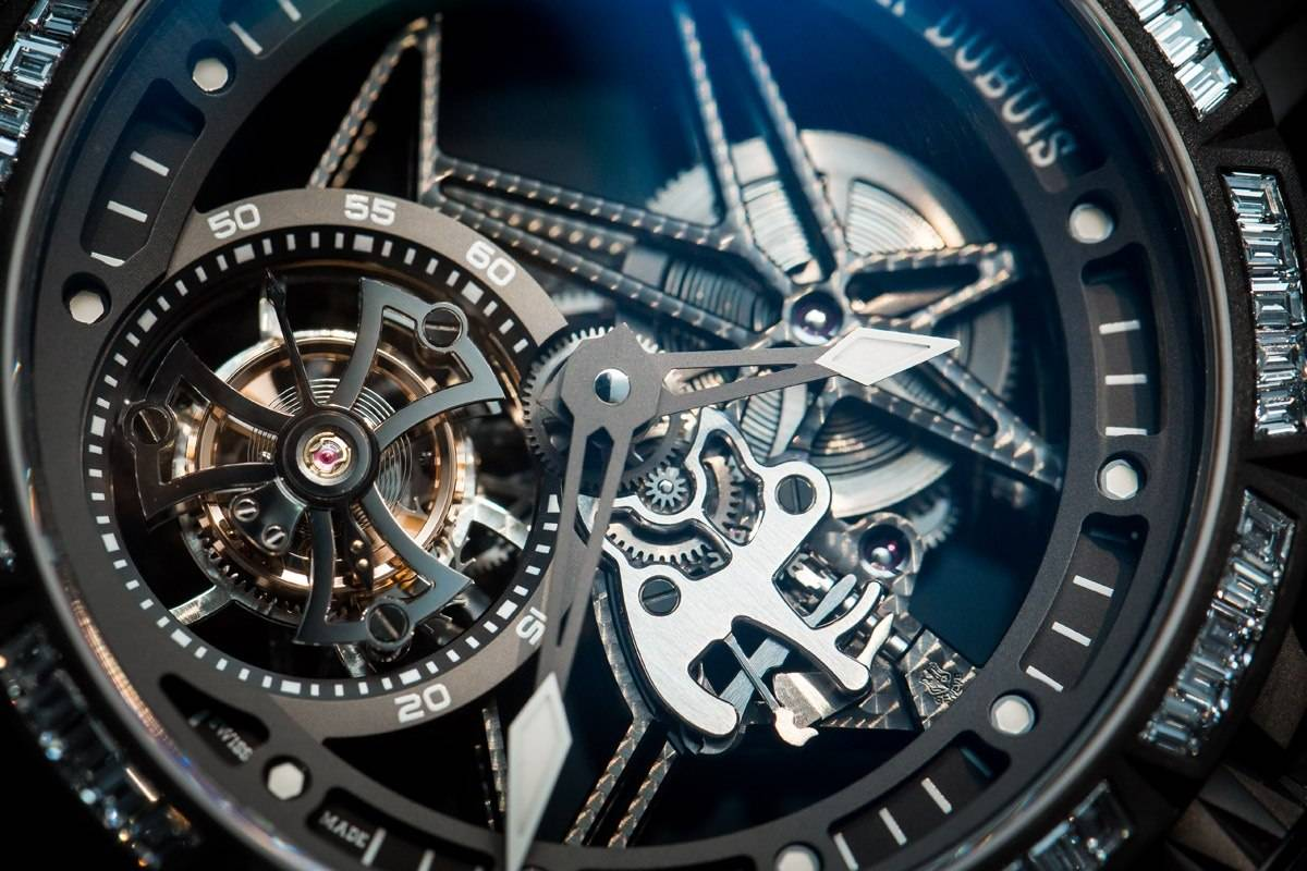 Roger Dubuis Excalibur Spider Skeleton Flying Tourbillon watch SIHH 2015 close up
