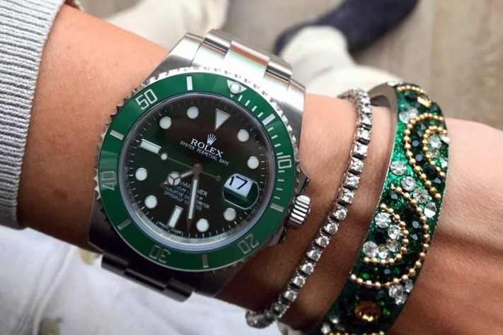 Rolex Hulk Submariner Reference 116610LV Watch