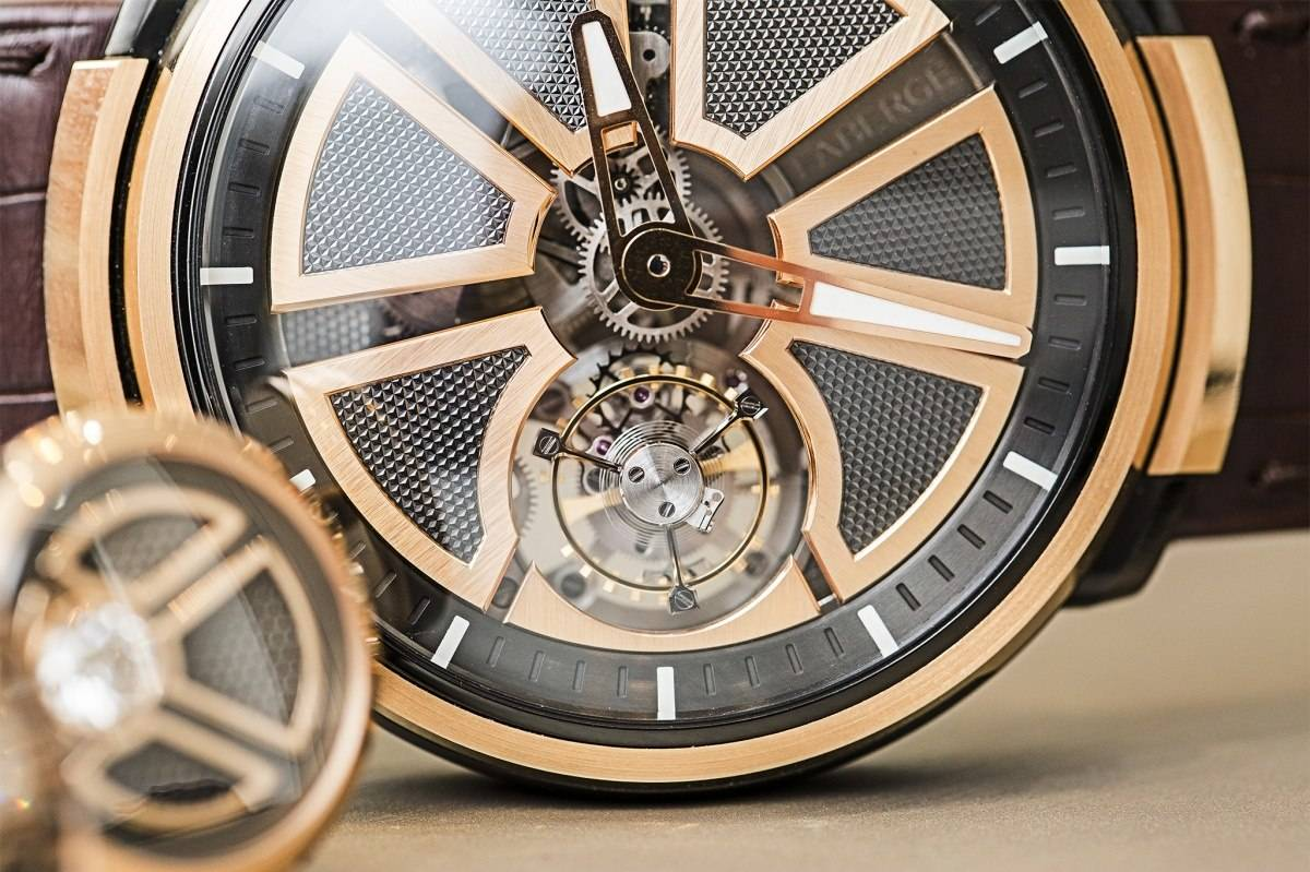 Fabergé Visionnaire I tourbillon watch in rose gold baselworld 2015 close up