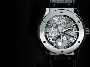 Top 5 Moon Phase Watches Of 2015