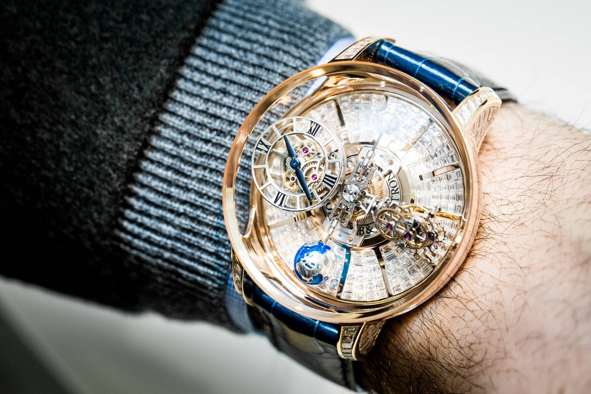 Hands on the jacob co astronomia tourbillon baguette for Watches jacob and co