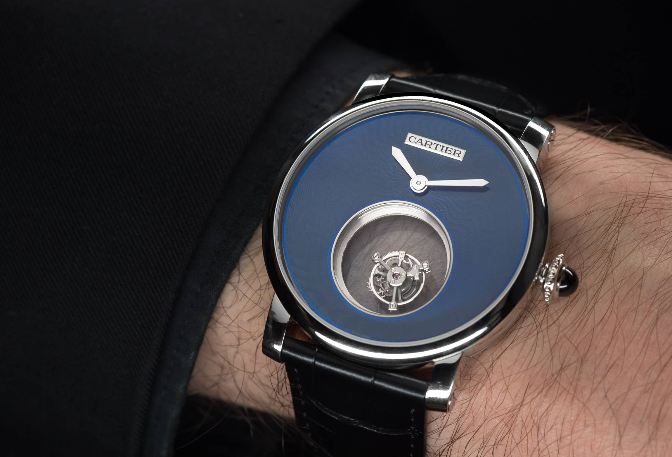 """Cartier Rotonde de Cartier Mysterious Double Tourbillon Calibre 9454 MC """"Poinçon de Genève"""" certified watch wrist"""