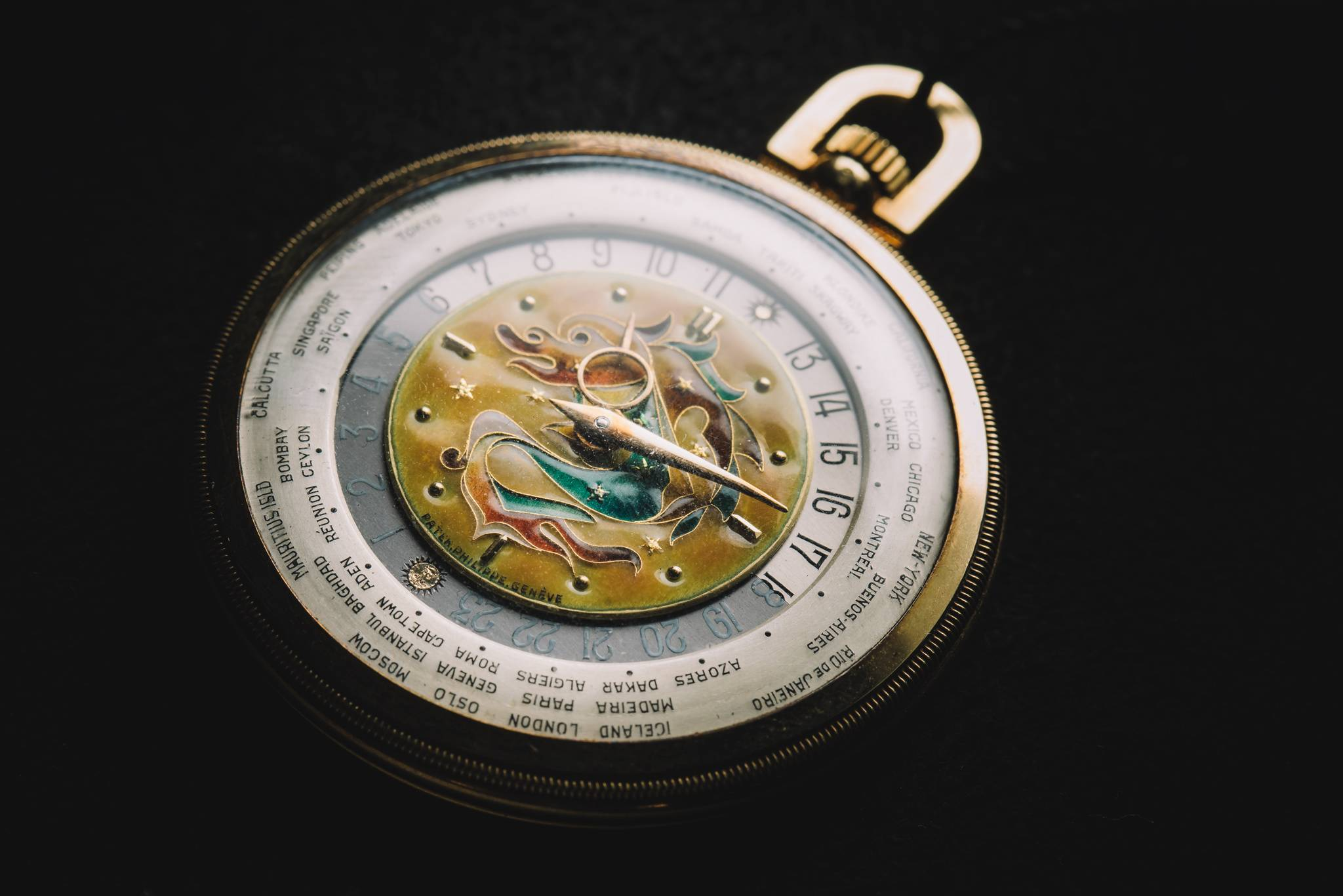 PATEK PHILIPPE 'The Star Dragon', Reference 605 HU, Yellow Gold, 1944-11