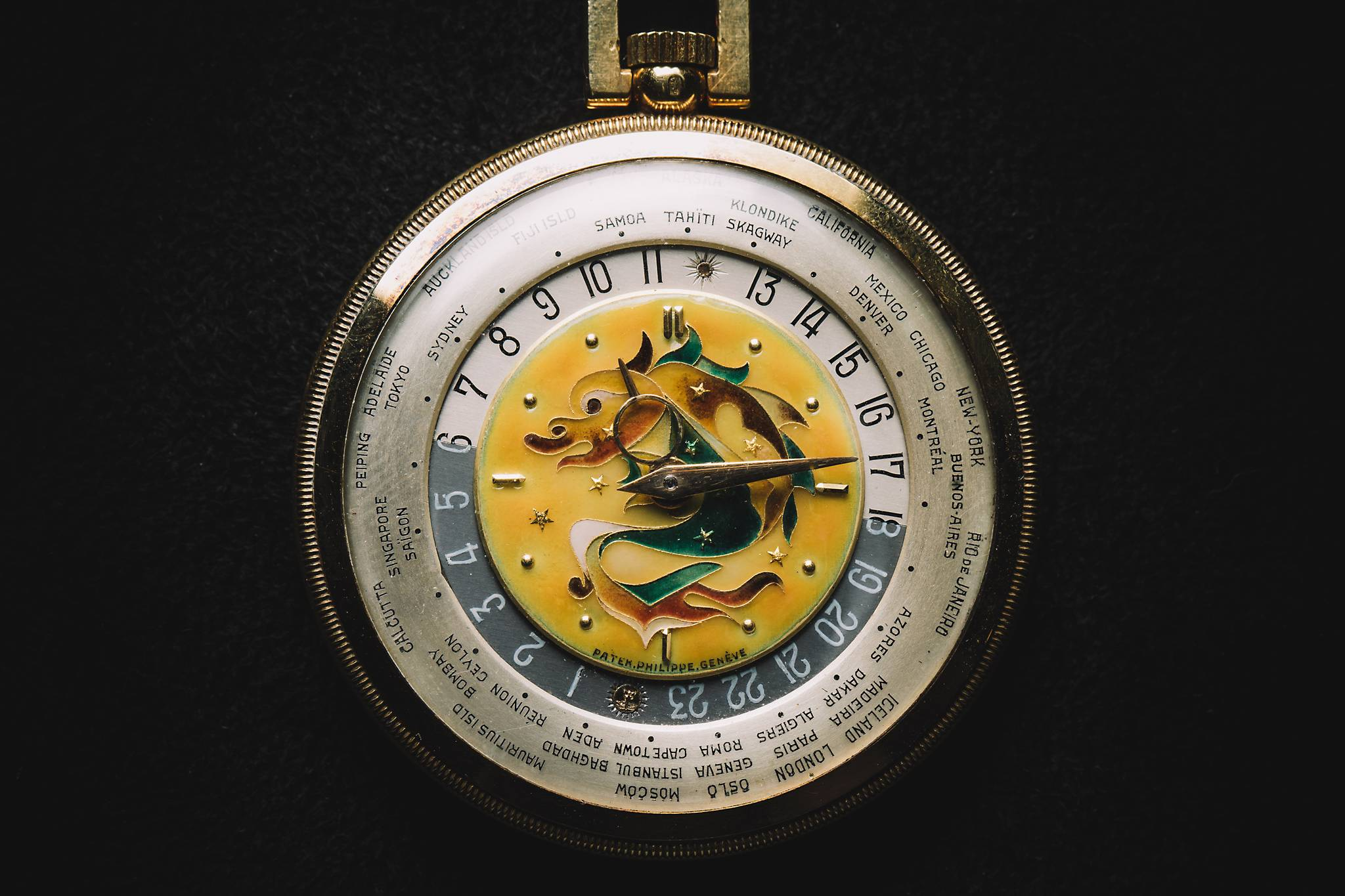 PATEK PHILIPPE 'The Star Dragon', Reference 605 HU, Yellow Gold, 1944-6