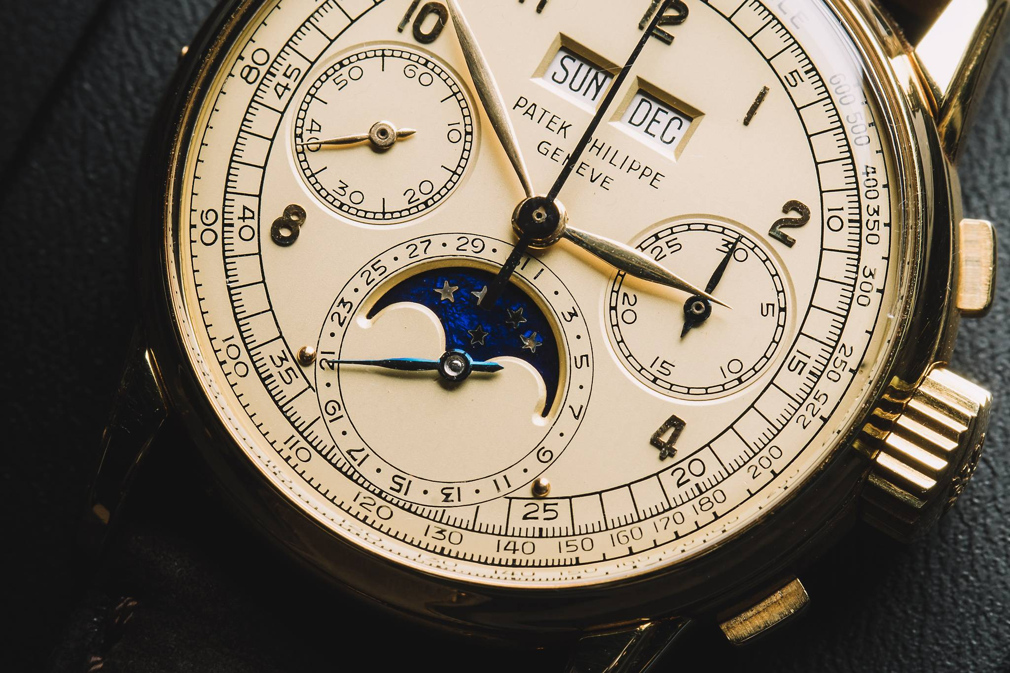 Patek Philippe 2499, 18k yellow gold, 1952 Dial