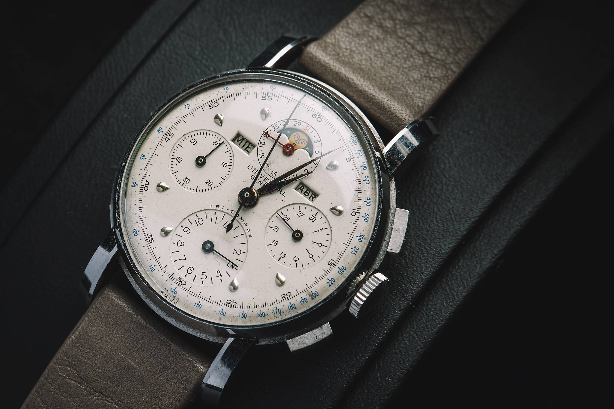 Universal Tri-Compax, 22541, Stainless steel, 1945
