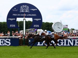 Celebrating Elegance with the Prix de Diane Longines at the Magnificent Chantilly Racecourse