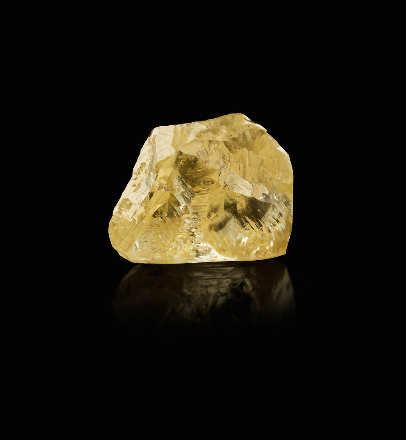 The 299.35-carat rough diamond that later became the Graff Golden Empress.