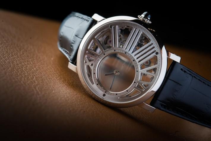 When a Magician Shows More: Rotonde de Cartier Mysterious Hour Skeleton Watch
