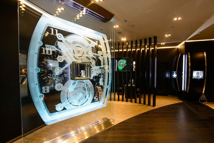 Where To Do Some Serious Watch Shopping In Las Vegas