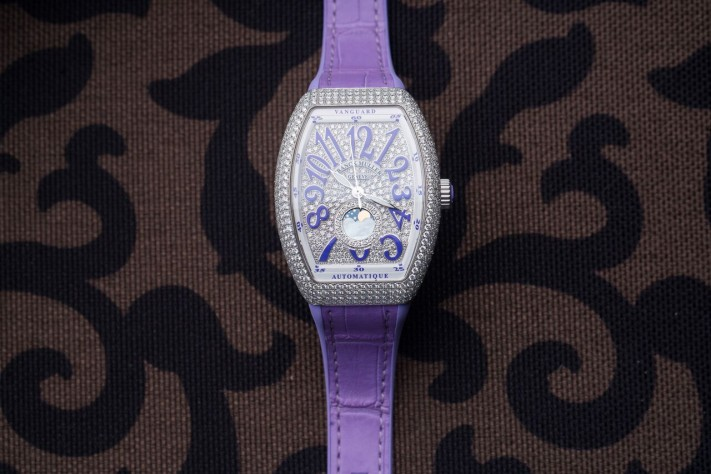 Four Ladies Watches To Kick Off 2018 In Style!