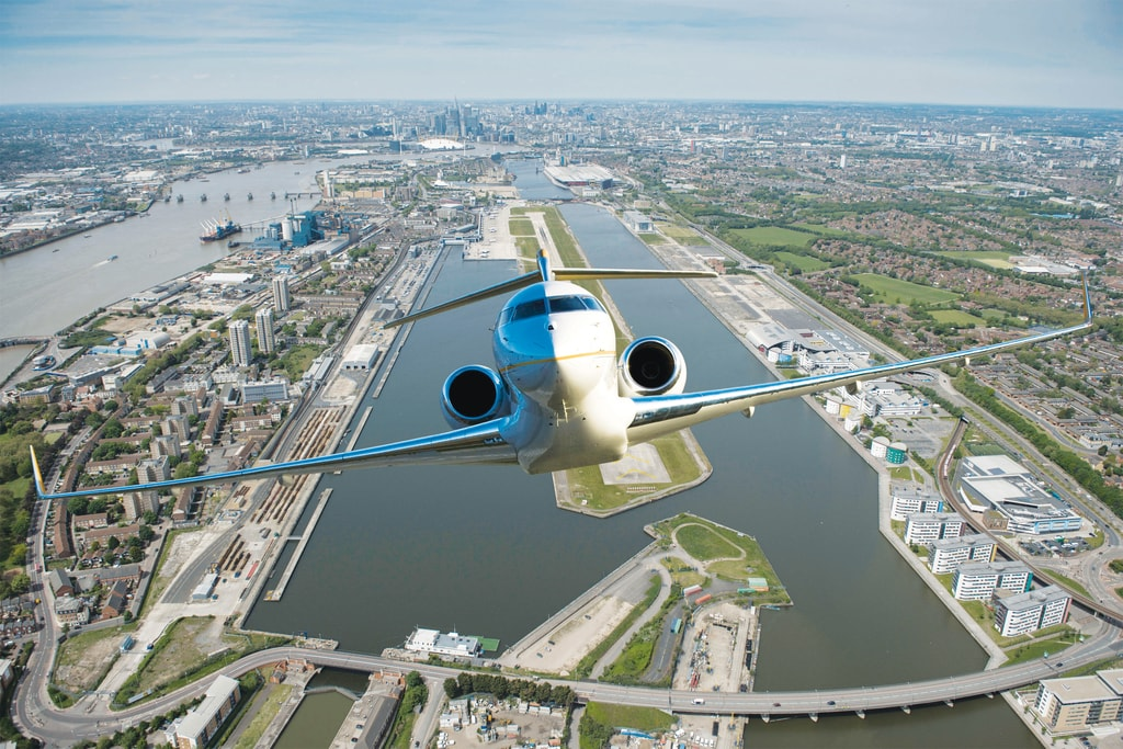 3.Bombardier_Global_6000_aerial - Haute Living - United States-min