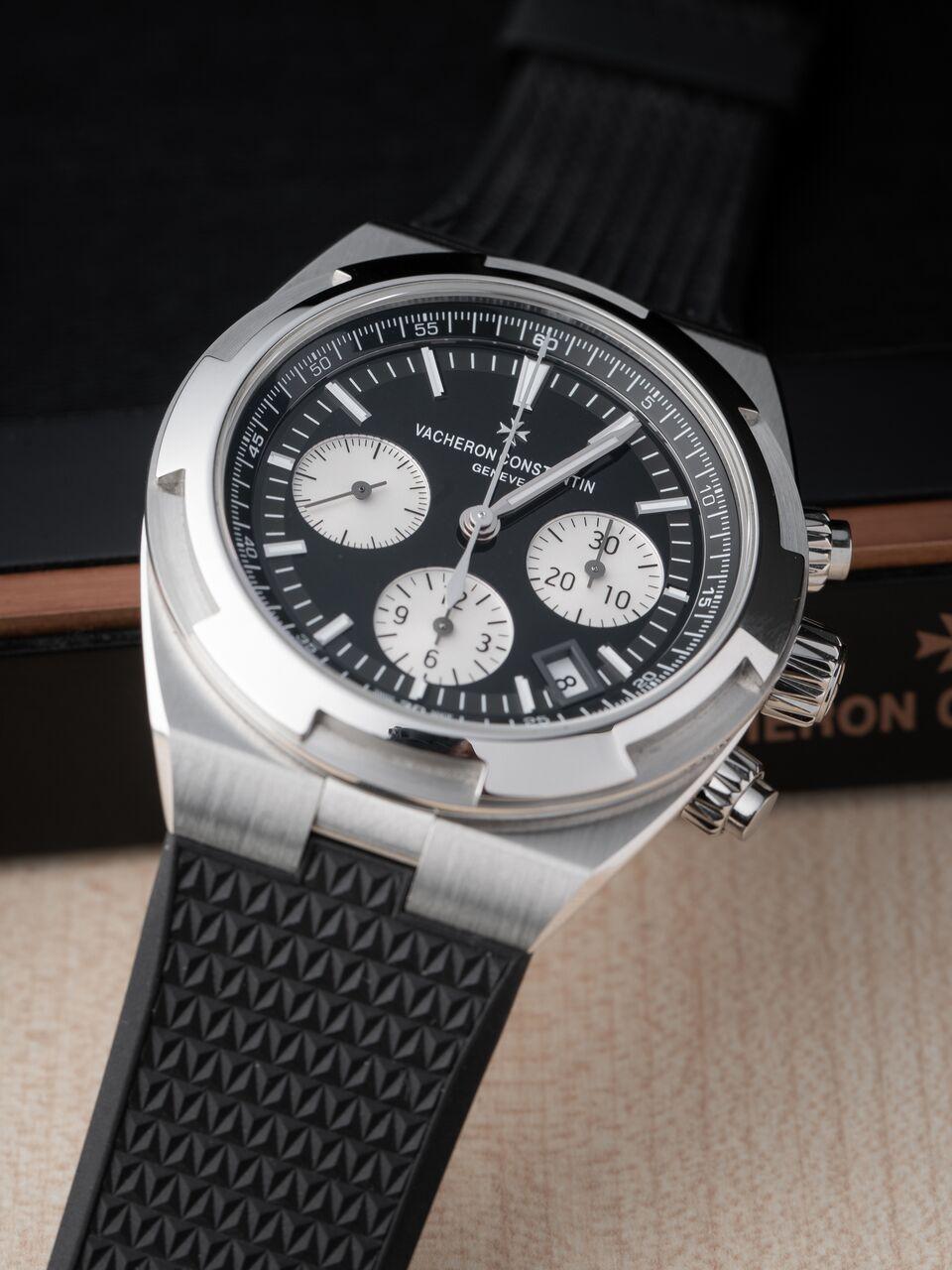 Vacheron Constantin Overseas Chronograph rubber strap