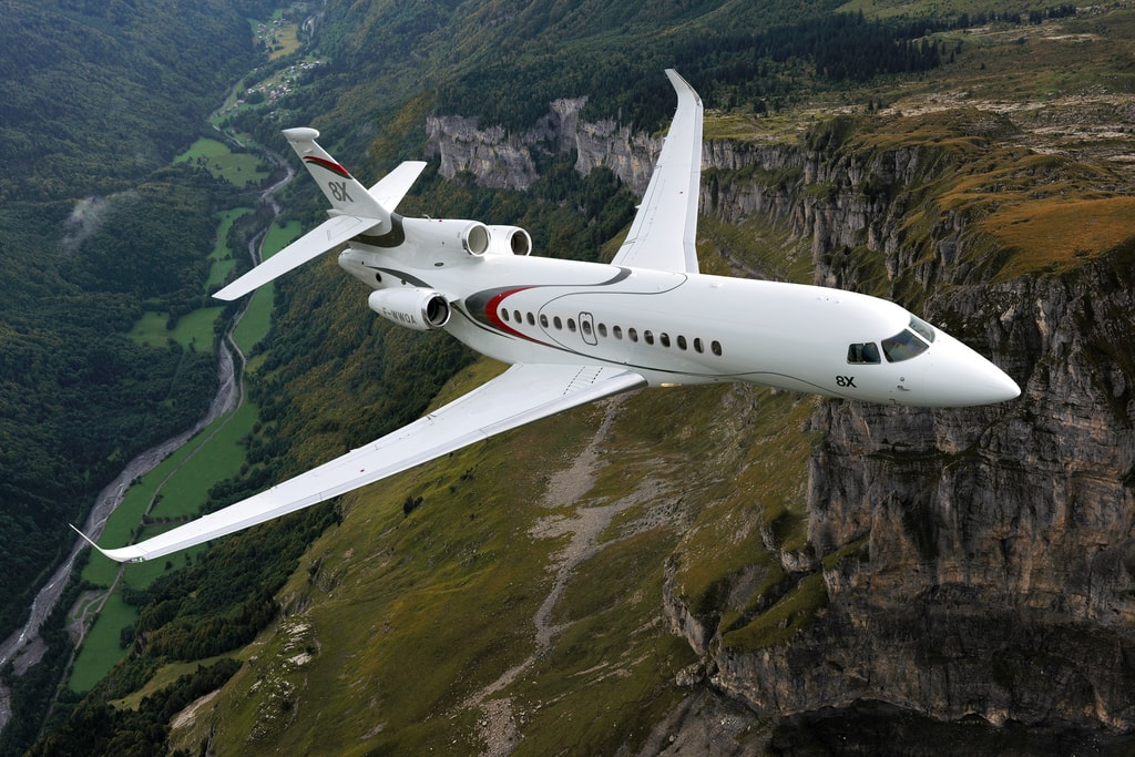 7.Dassault_Falcon 8X_flight - Haute Living - United States-min