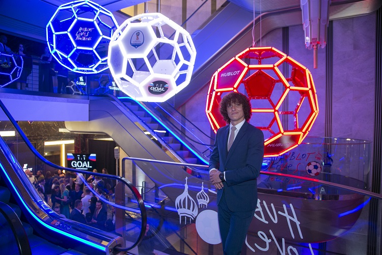David Luiz standing in Harrods at Champion Advice campaign / Photo Credit: Hublot