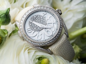 White Ladies Watches Appropriate For Black Tie Dinner Parties