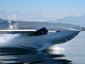 This Knockout Amphibious Two-Seater Alights From LISA Airplanes