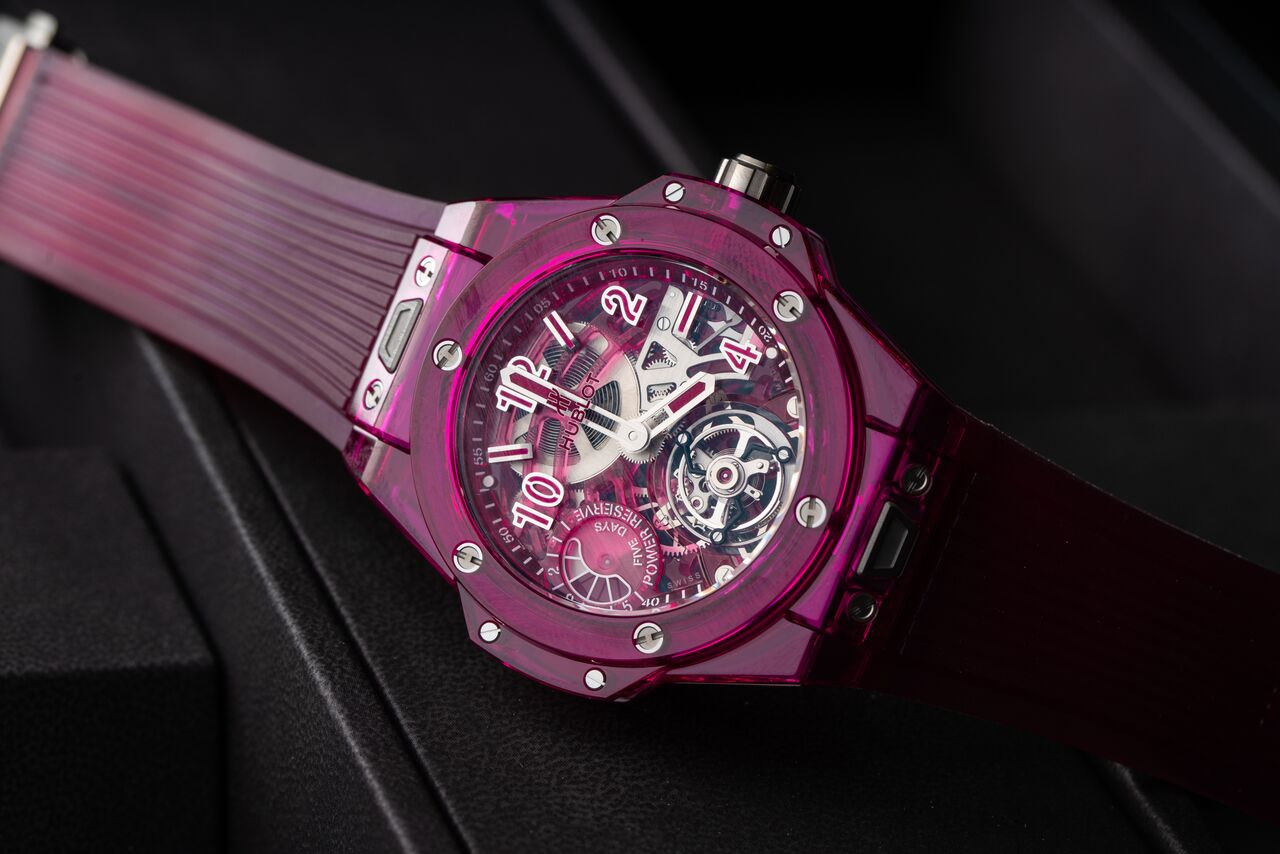 The Big Bang Tourbillon Power Reserve 5 days in red sapphire was one of the appetizers that Hublot introduced earlier this year