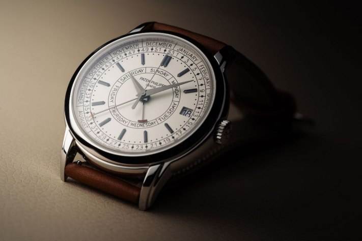 Watch of the Week: Patek Philippe 5212A Calatrava Weekly Calendar