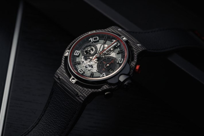 Auto-Inspired Watches: Hublot Classic Fusion Ferrari GT
