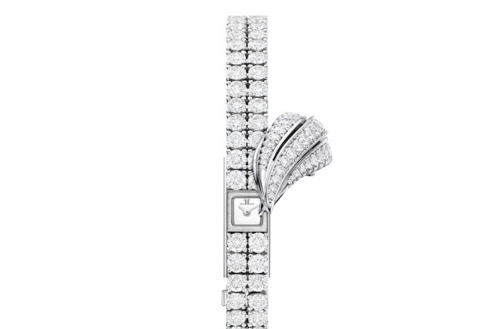 The New Jaeger-LeCoultre 101 Feuille; A Rare Delight